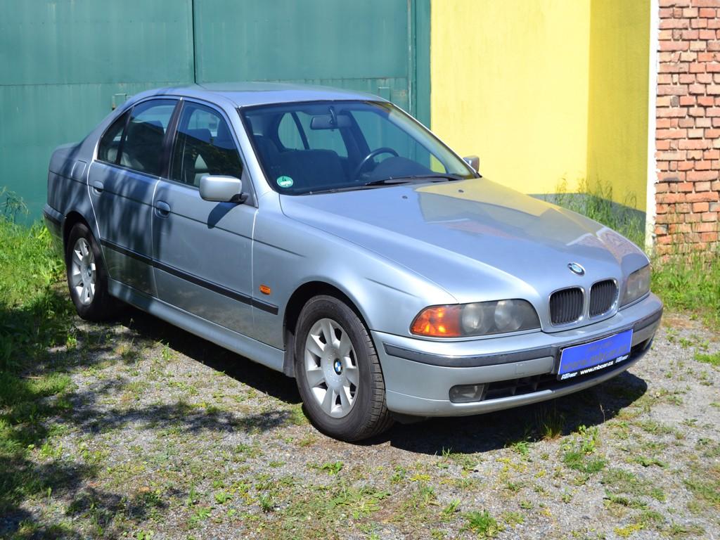 BMW 523i 1.MAJITEL,AUTOMAT