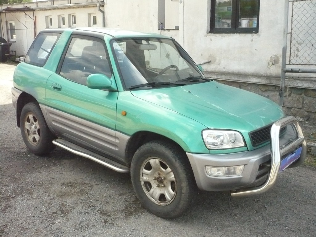 TOYOTA RAV4 2.0  KLIMA,ČR, 4x4